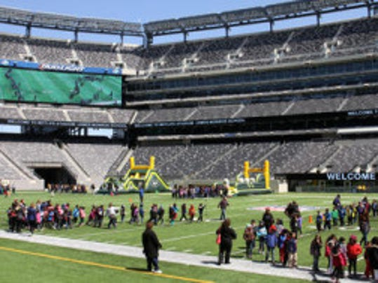 MetLife Stadium in East Rutherford won't get a Big Ten Championship football game before 2021, though one of the New York/New Jersey area's basketball arenas could still get a Big Ten Tournament in 2018. (Jason Towlen/MyCentralJersey.com)