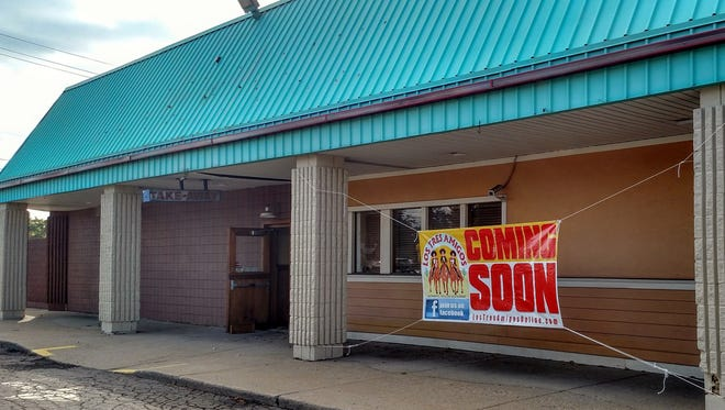 A patio could come to the proposed Los Tres Amigos, which looks to replace the former Outback Steakhouse near Five Mile and Middlebelt. Another restaurant, Stables Bar and Grill across the street, is also seeking to add a patio for outdoor dining.