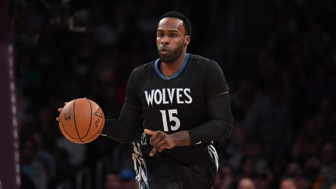 Shabazz Muhammad has agreed to a 1-year deal to return to the Minnesota Timberwolves, the AP reports.