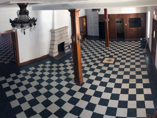 The entry way of the Masonic Lodge at 130 South Oakes