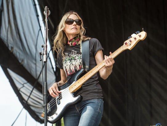 Aimee Mann performing live.