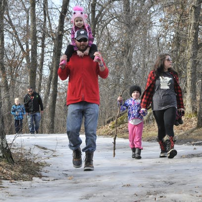 Weekend temps 'flirt' with 60 degrees