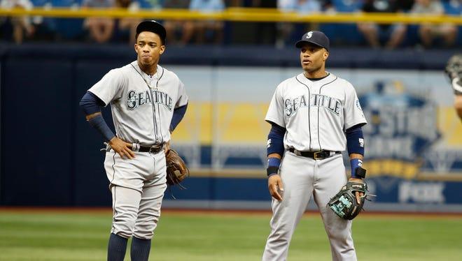 Jun 16, 2016: Seattle Mariners shortstop Ketel Marte (4) and second baseman Robinson Cano (22) at Tropicana Field.
