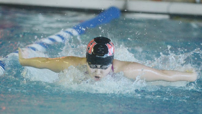 Clair Shin helped lead Northern Highlands over Roxbury in the state sectional championship.