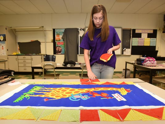 LDN-MKD-032316-Quilt Middle School-