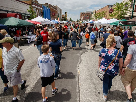 West Allis A La Carte will fill Greenfield Avenue with people Sunday, with the lure of live music, food, vendors and more.