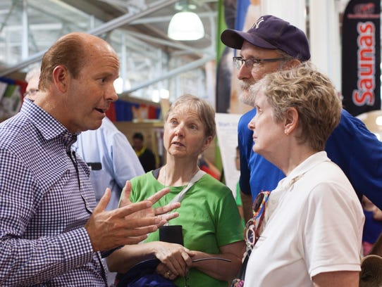 Democratic presidential candidate John Delaney meets