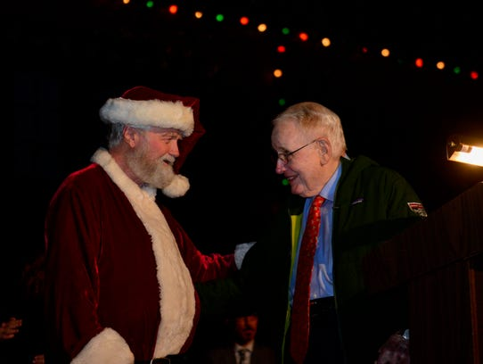 Santa welcomed Bill Thacker to the start of the MSU-Burns