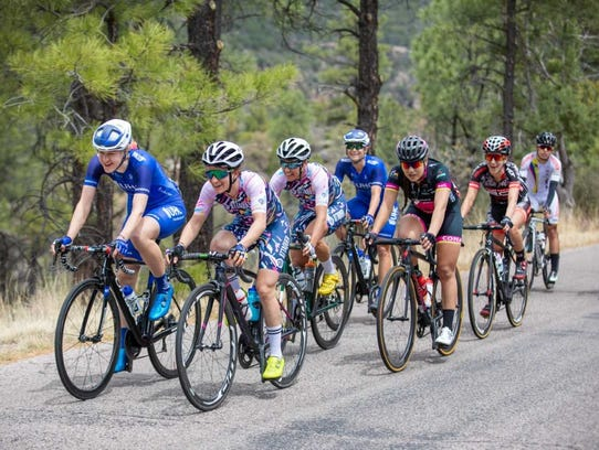The peloton advances in Stage 5 of the Tour of the