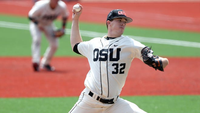 Oregon State's Travis Eckert pitches against Utah on Sunday, May 10, 2015, in Corvallis, Ore.