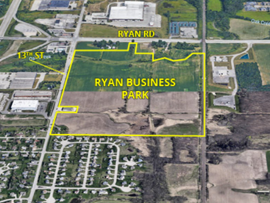 Amazon is building a 2.6-million-square-foot, four-story fulfillment center in Oak Creek's Ryan Business Park.