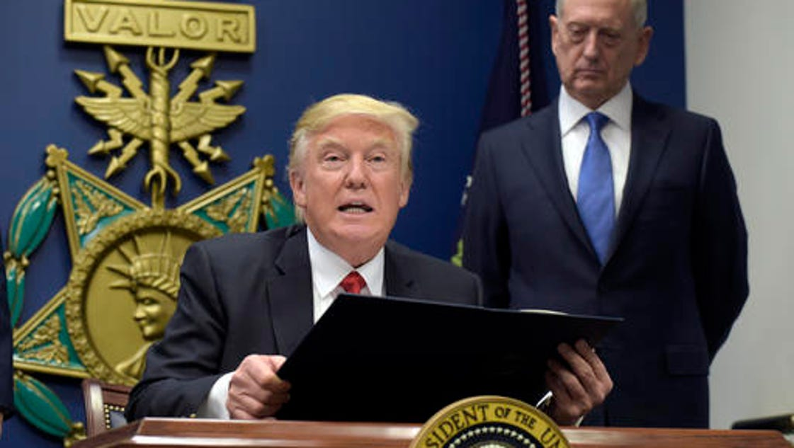story things know about donald trumps executive order regarding immigration refugees
