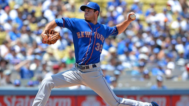 Jul 5, 2015; Los Angeles, CA, USA; New York Mets starting pitcher Steven Matz (32) throws the ball in the first inning against the Los Angeles Dodgers at Dodger Stadium. Mandatory Credit: Jayne Kamin-Oncea-USA TODAY Sports