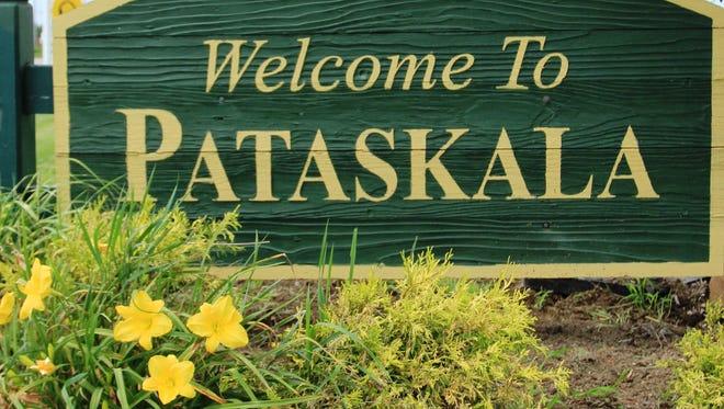 Residents from Pataskala's four wards cast ballots on Tuesday for candidates for Pataskala City Council.