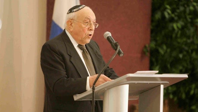 Holocaust survivor and author Dr. Moshe Avital, seen here in 2010 at the Hebrew Institute of White Plains.