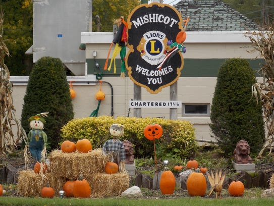 Mishicot will be filled with pumpkins like these on