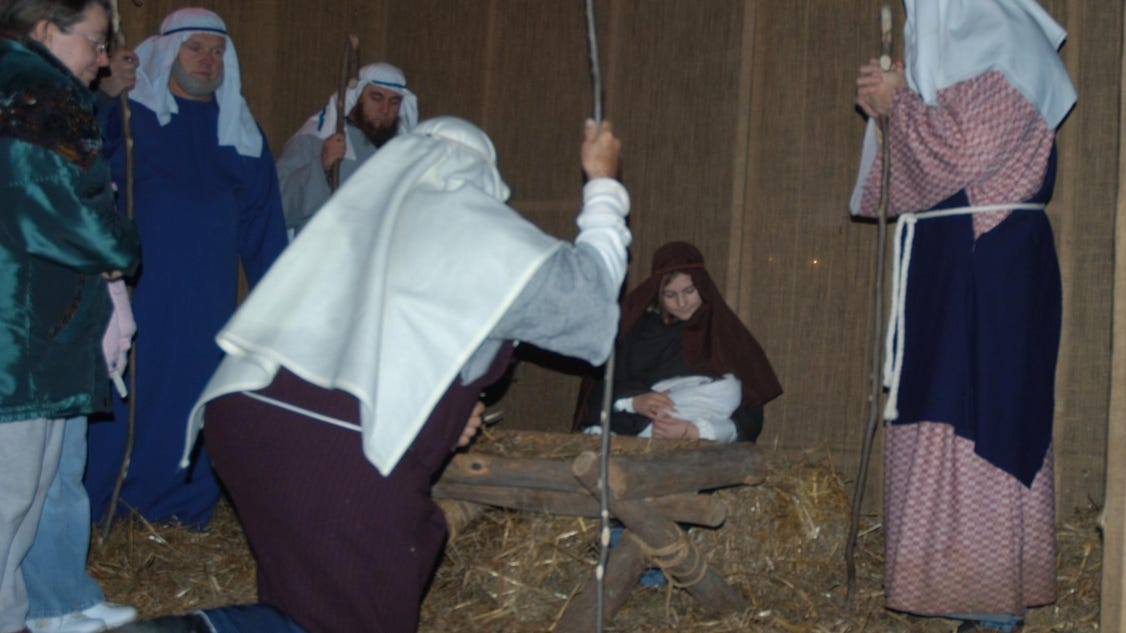 Outdoor drama depicts the birth of christ for Outdoor drama