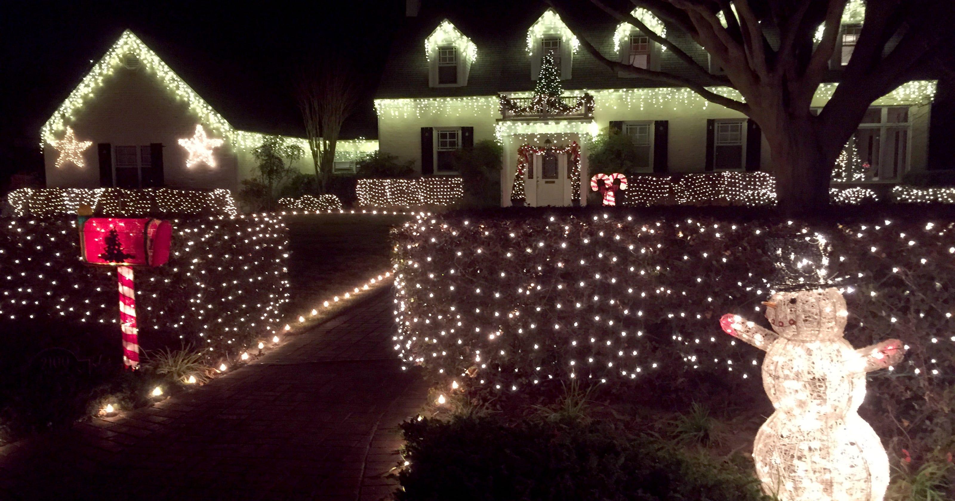 calling all christmas lights fanatics