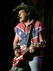 -People_Ted_Nugent_TXDAM101.jpg_20070126.jpg