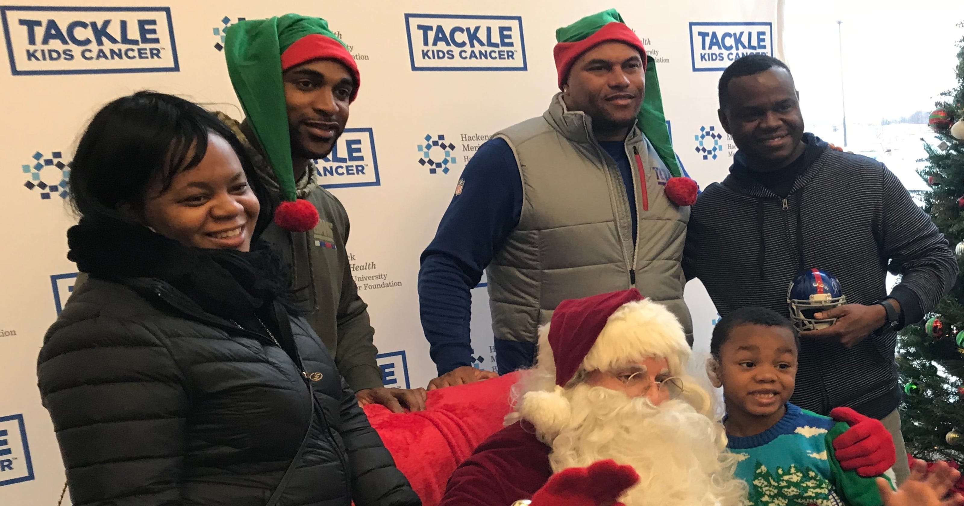 Giants stars team up with Santa for children\'s cancer fundraiser