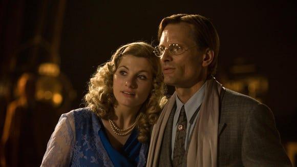Jodie Whittaker, left, and Viggo Mortensen in a scene