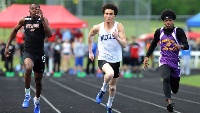 Nicolet's David Dunlap places first in the 100 meters at the Germantown Sectional on Thursday.