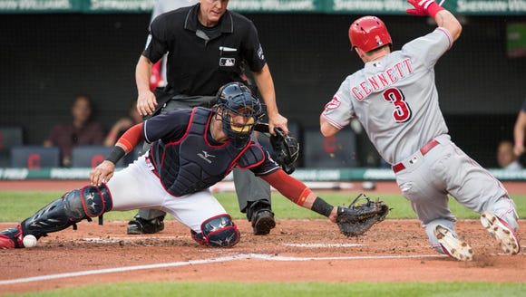 Cleveland Indians catcher Yan Gomes (7) tries to tag