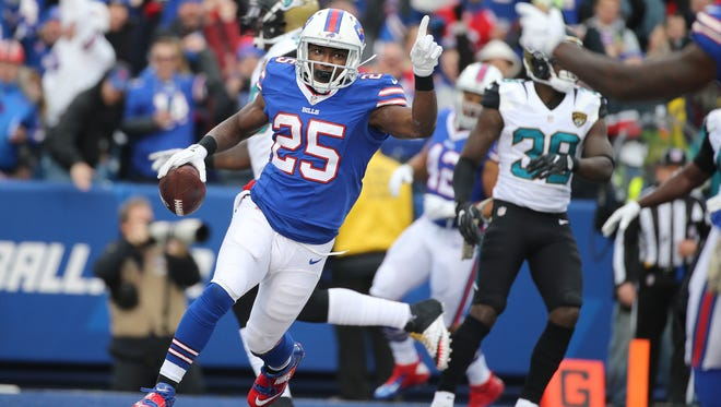 Bills running back LeSean McCoy scores near the end of the second quarter.