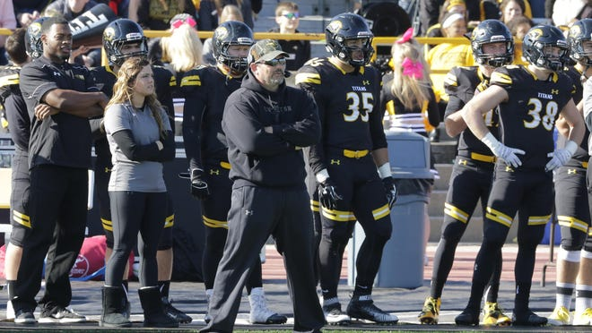 Head coach Pat Cerroni will lead the UW-Oshkosh Titans against Washington University on Saturday at noon in a first-round game of the NCAA Division III football playoffs.