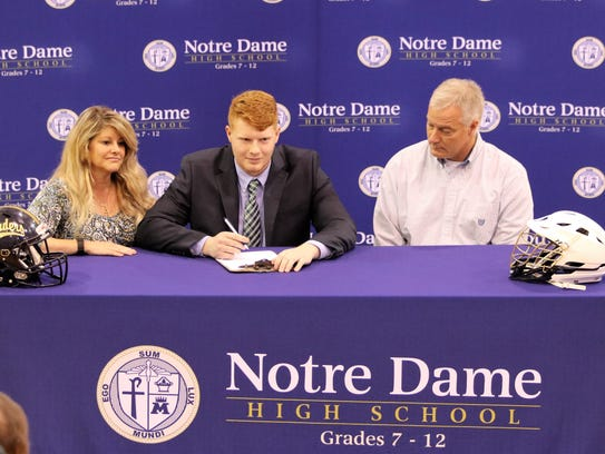 Notre Dame senior Jack Chapman signs to play football