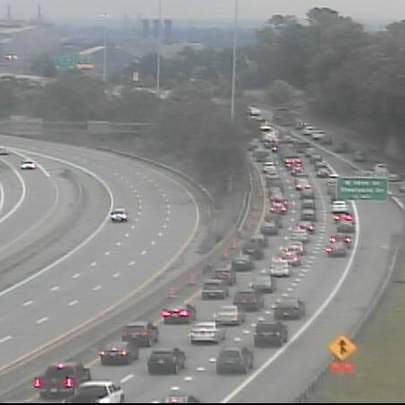 Slow traffic into downtown Cleveland on I-71 NB at
