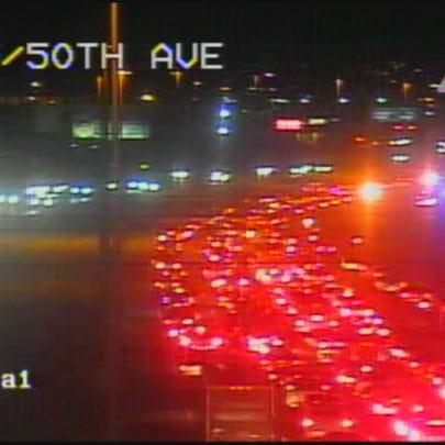 Lanes closed on northbound I-25