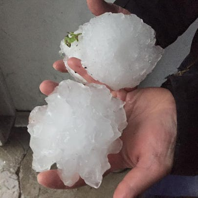 Softball sized hail - 7 miles north of West Branch