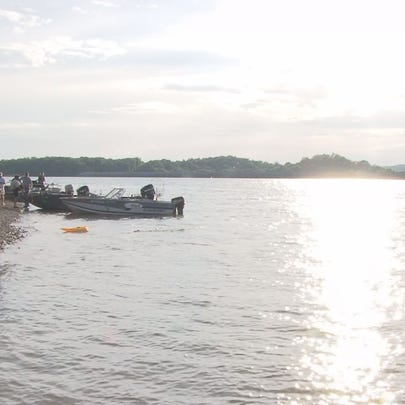 Anglers shove off for the 7th annual Gary Lindsey Firecracker