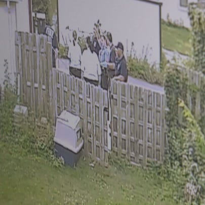 Security camera video of help arriving 20 minutes after