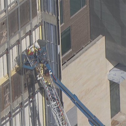 Crane rescue east of Greenway Plaza