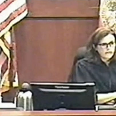 FL Judge sends abuse victim to jail for not appearing