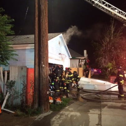 Fire destroyed a garage and damaged another on Galapago