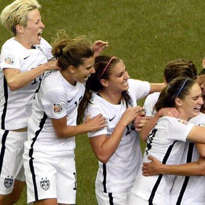 USA defeats Germany, 2-1