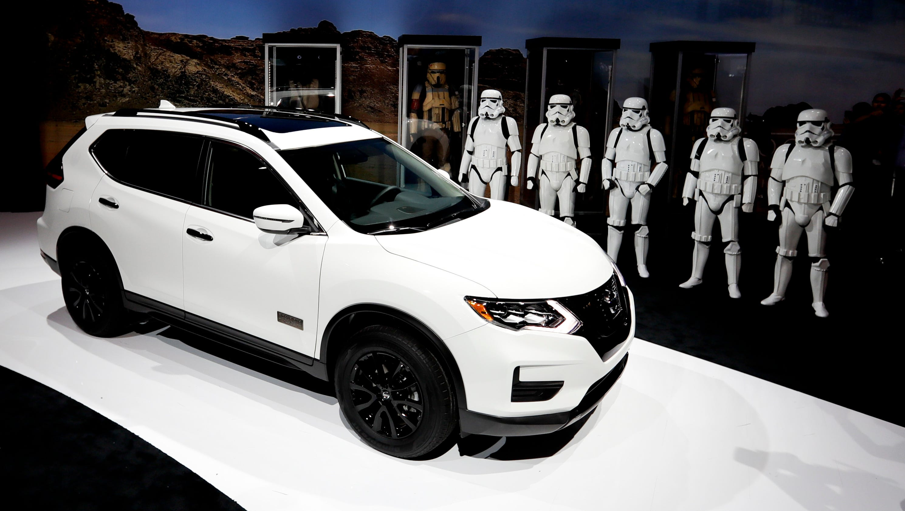 Nissan create Rogue e SUV for Star Wars fans