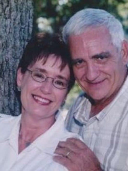 Anniversaries: Gaines Hunt & Lynda Hunt