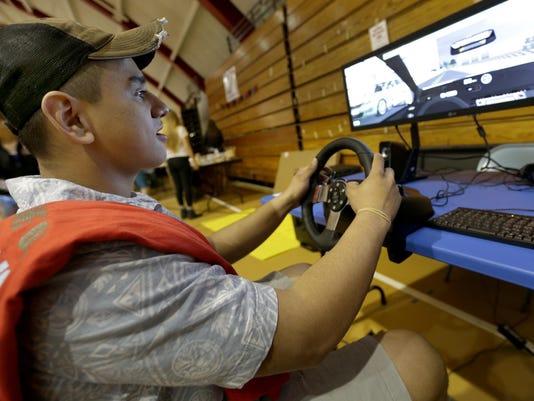 APC FYI driving simulator 042916 497 wag