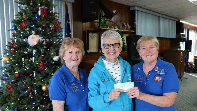 The Bull Shoals VFW Hoevel-Barnett Post 1341 recently donated $200 to the Have a Heart Humane Society in Marion County. Pictured are: (from left)Jan Smith of theVFW Auxiliary, Linda Vincent of Have a Heart Humane Society andChris Ross, VFW AuxiliaryPresident.The shelter and thrift store arelocated at 657 AR Hwy. 202 West in Yellville. Call (870) 449-7387 forinformation about shelter and store hours, to inquire about volunteeringat the shelter, or what they need for shelter animals, or visit http://www.haveaheartpetshelter.org/.