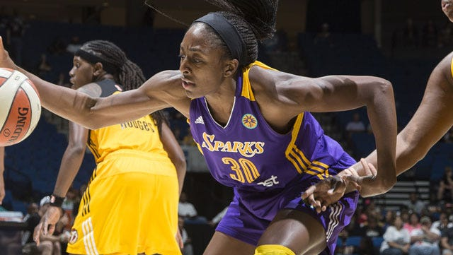 Nneka Ogwumike scored a team-high 22 points for Los Angeles.