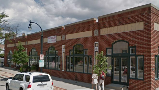 A Spanish immersion school called Casa de Corazon plans to open in the former Goldi's storefront at 4114 N. Oakland Ave.