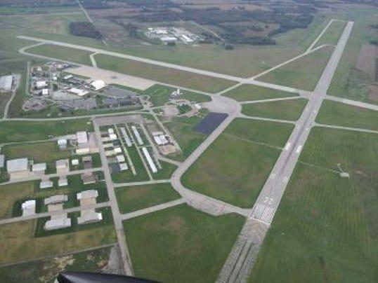 Capture Lahm Airport runway aerial (BobB).JPG
