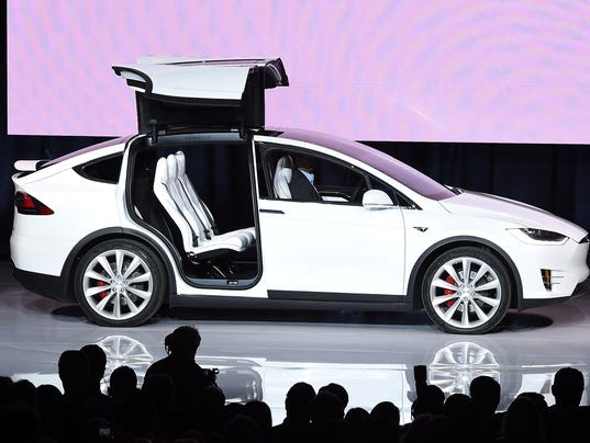 Who Is Liable If A Self Driving Car Crashes Tesla Mishap Raises