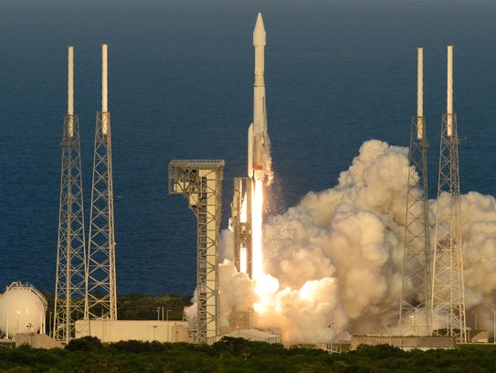 Atlas V launches OSIRIS-REx on mission to asteroid Bennu