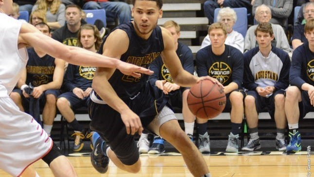 Jordan Spencer had 16 points and 9 assists in Augie's win over Moorhead.