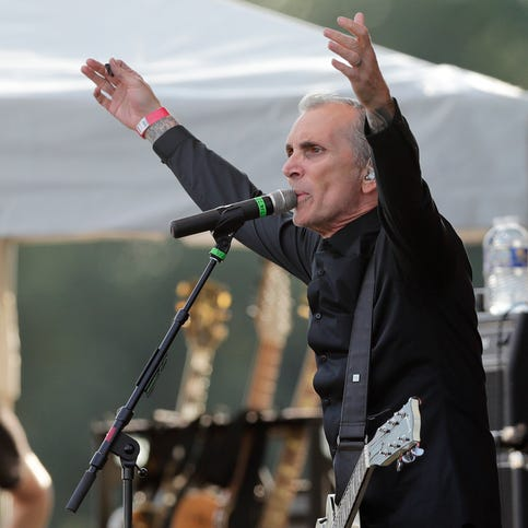 """Everclear celebrates 20-year anniversary of """"So Much for the Afterglow"""" at Vinyl"""